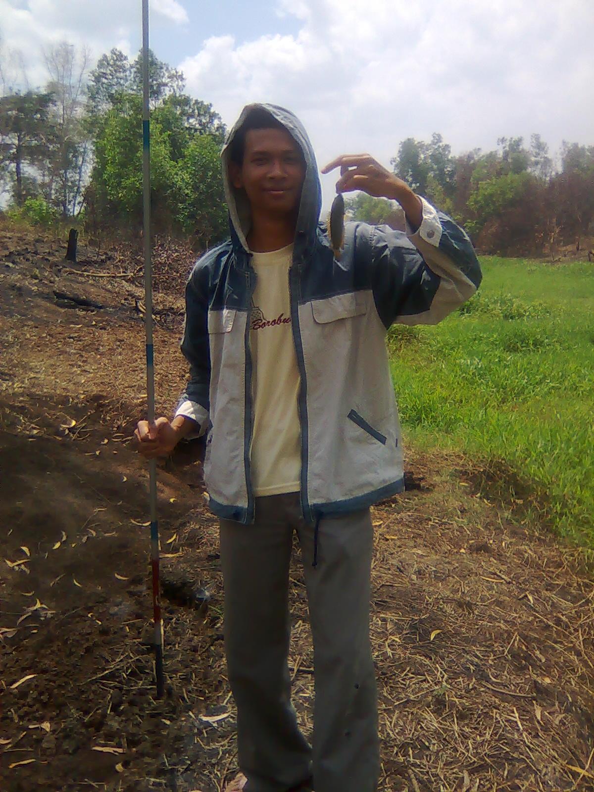 Kegiatan Memancing Ikan Darat