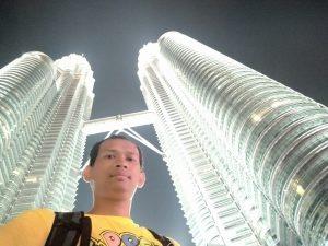 Menara Kembar Petronas Malaysia selfie